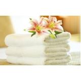 lavagem de toalha de banho