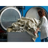 serviço de lavanderia para lavagem de uniformes industrial em Sumaré